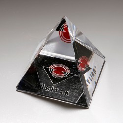 - CO 223 Piramid