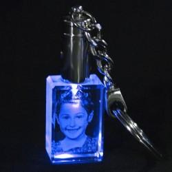 - Kişiye Özel Kristal 30x20x15 Mavi Işıklı Anahtarlık